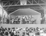 Bob-Hope-Frances-Langford-USO-Show-Ponam-Is.-30-Aug.-1944-Official-Navy-Photo-